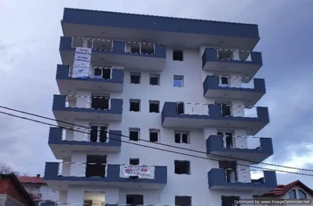 Nova zgrada u Cazinu