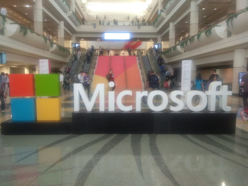 Microsoft Logo in Ignite