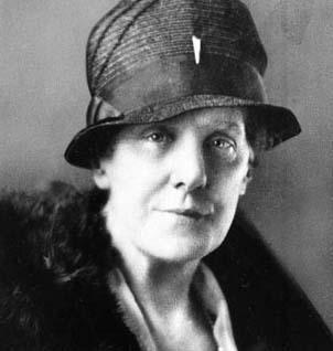 fondatrice du Mother's day américain, origine de la fête des mères.