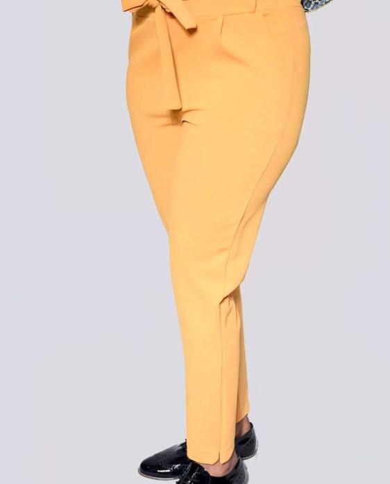 broek met een strik