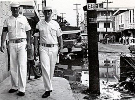 picture of shore patrol in Olongapo