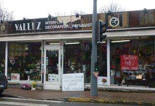 a 110 ans décart, le magasin Vallez, un incontournable du quartier