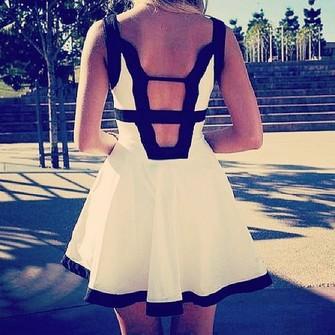 u5kena-l-c335x335-pattern-dress-summer-white-black-tank-top-cute-black-and-white-black-and-white-dress-black-dress-chic-backless-pretty