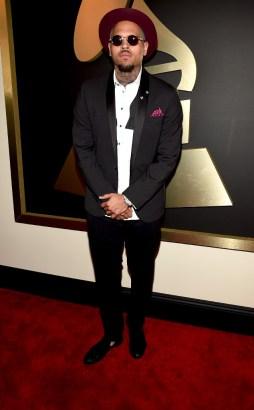 rs_634x1024-150208163646-634.Chris-Brown-Grammy-Awards.jl.020815