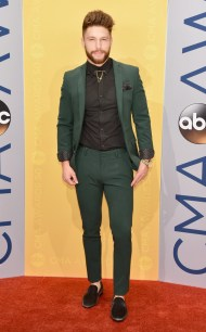 rs_634x1024-161102161420-634-chris-lane-cma-best-dressed
