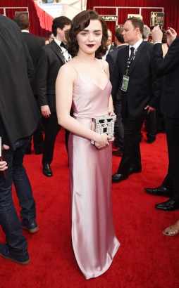 rs_634x1024-170129161057-634-maisie-williams-best-dressed-sag-awards-2017
