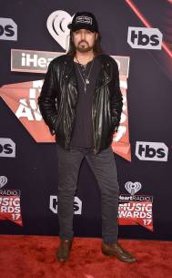 rs_634x1024-170305165500-634-billy-ray-cyrus-iheartradio-los-angeles-kg-030517