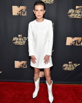 rs_1080x1350-170507163350-1080.Millie-Bobby-Brown-MTV-Movie-and-TV-Awards.kg.050717