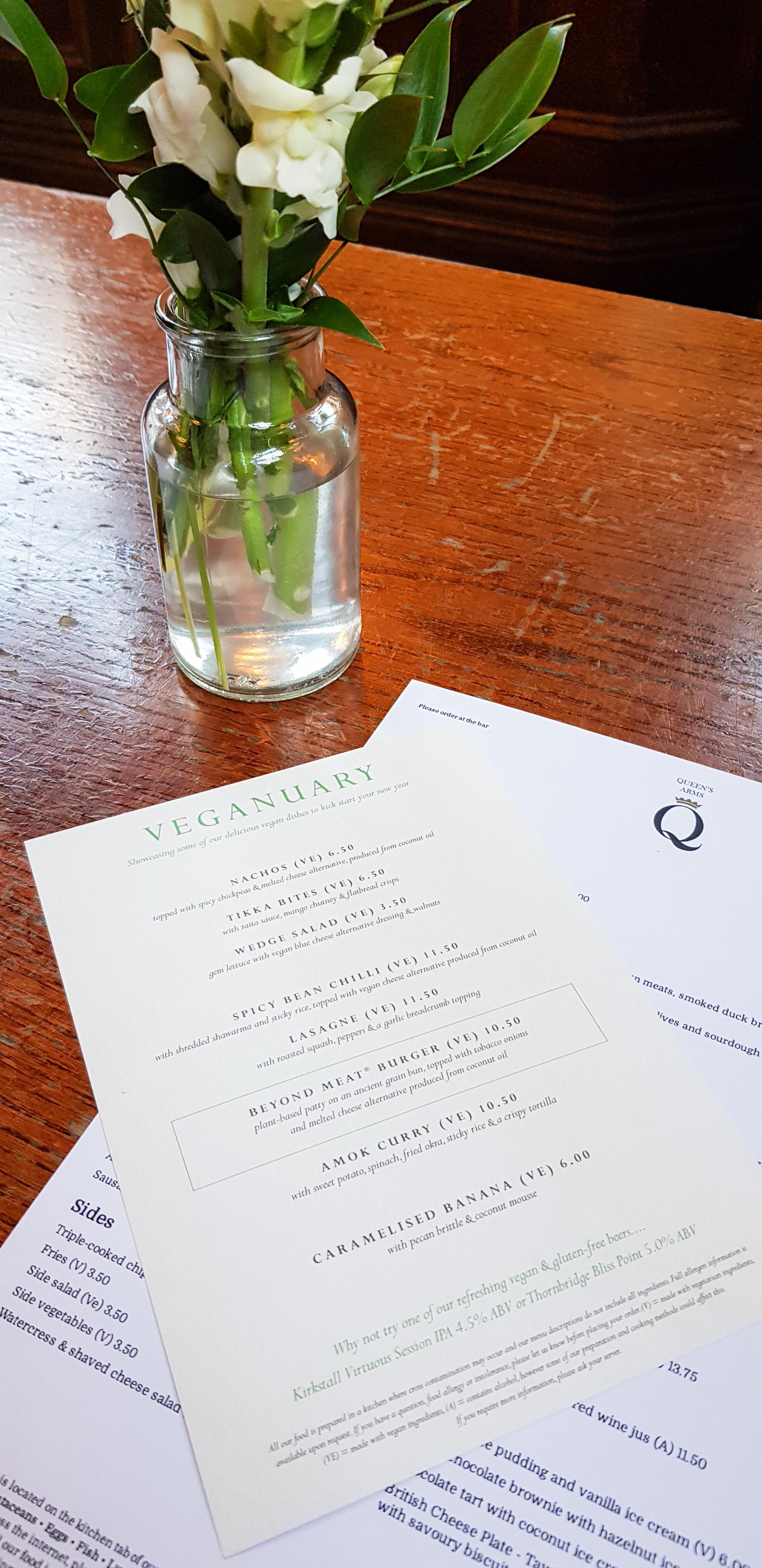 scavenger hunt London. cheap, fun dates in london. The enchanted mirror review. vegan food