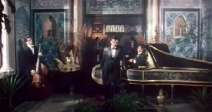 "The Stranglers – ""Golden Brown"" in London"