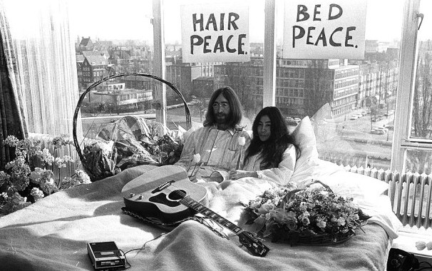 "The famous ""Bed-in"" for peace in Amsterdam"