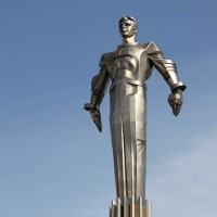 Monument to Yuri Gagarin - The world's first large-scale monument made of titanium in Moscow