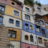 Hundertwasserhaus - A house in harmony with nature in Vienna