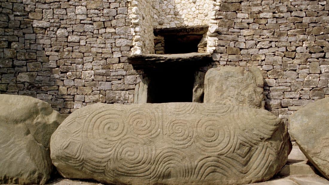 Newgrange – The prehistoric monument in Brú na Bóinne