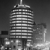 Capitol Records Tower - The legendary studios in Los Angeles