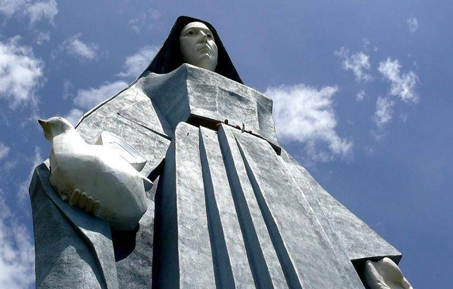 Virgen de la Paz – The tallest statue in the Americas in Trujillo