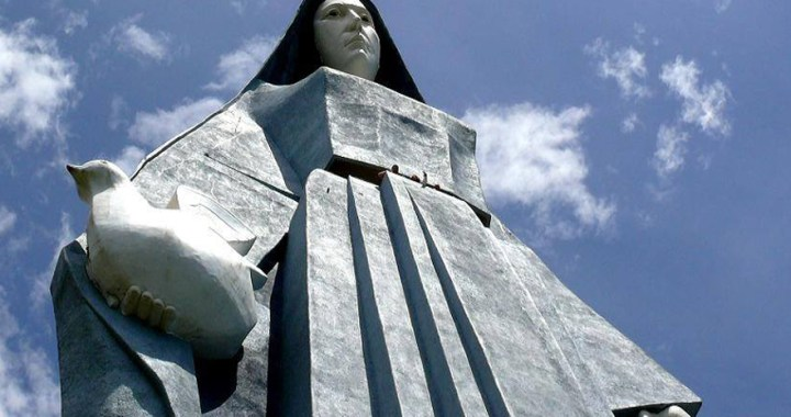 Virgen de la Paz – The tallest statue in the Americas in Trujillo