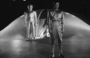 The Day the Earth Stood Still – Gort lands in Washington D.C