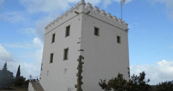 Castelo de Esporão – The medieval white tower in Reguengos de Monsaraz