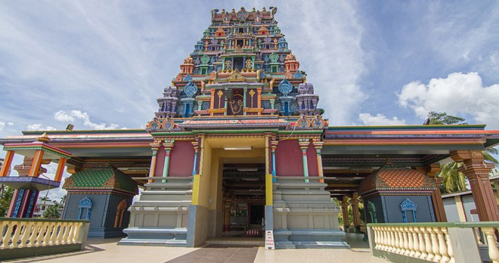Sri Siva Subramaniya temple – The large colored house of worship in Nadi