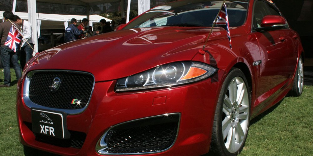 Jaguar y Land Rover todo su lujo en Huixquilucan