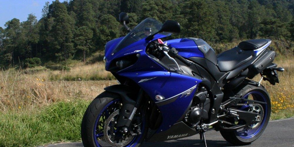 Yamaha R1 de las pistas a tus manos