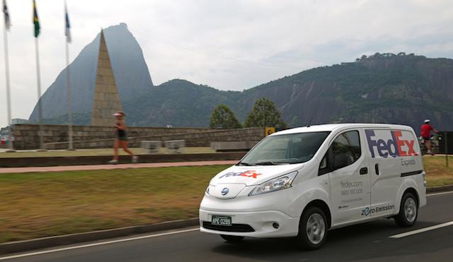 Nissan y FedEx Express prueban la van 100 por ciento eléctrica e-NV200 en Brasil