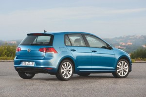 Volkswagen_Golf_7_1