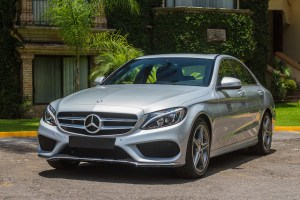 Mercedes Benz Clase C 2015 lateral frontal