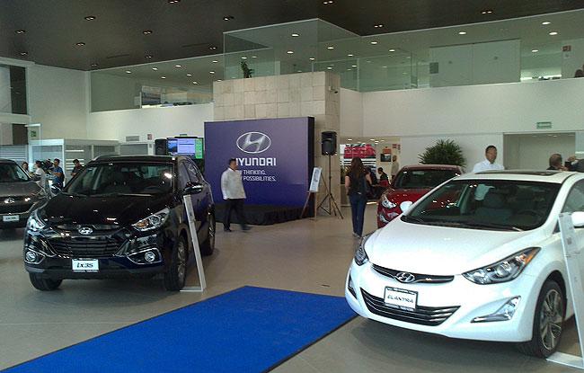 Se inaugura la primera agencia Hyundai en México
