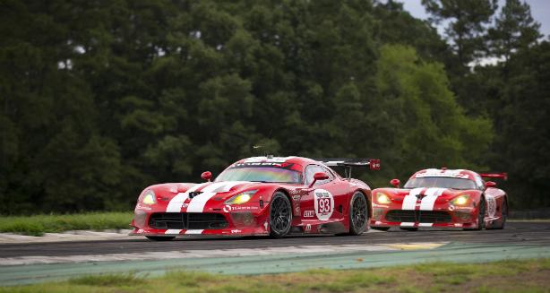 El equipo SRT® Motorsports, sigue sumando puntos en el Virginia International Raceway