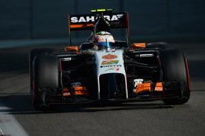 Motor Racing - Formula One World Championship - 2014 Abu Dhabi Grand Prix - Qualifying - Yas Marina Circuit