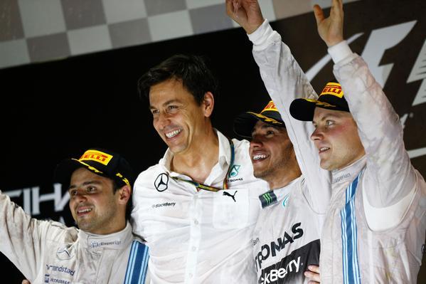 Lewis Hamilton se impone en Abu Dhabi y se corona Campeón del Mundo 2014