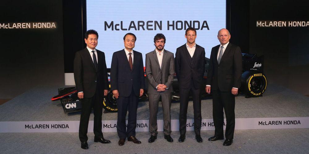 Honda celebra lanzamiento oficial del MP4-30 en Japón