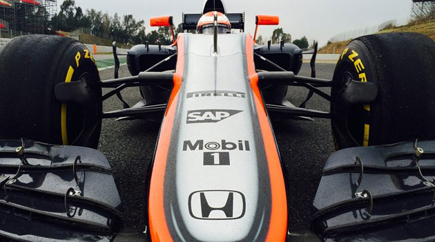 Conductos de freno reformados del McLaren MP4-30