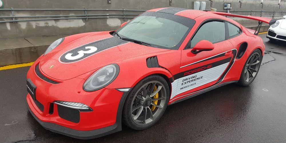 PORSCHE DRIVING EXPERIENCE 2015: ADRENALINA PURA