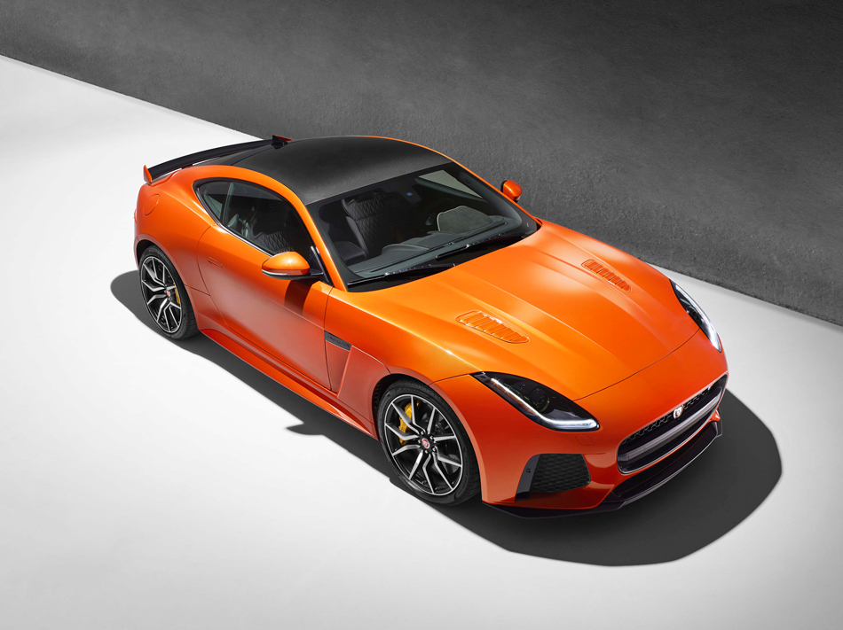 JAGUAR_F-TYPE_SVR_39_COUPE_Studio