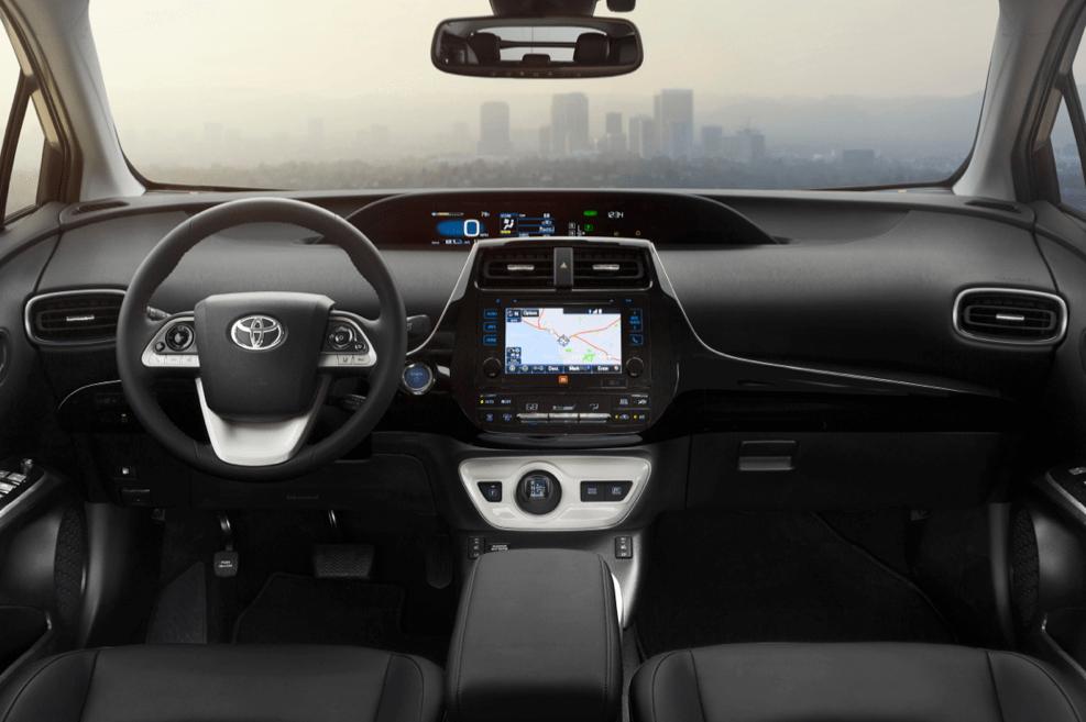 Toyota-Prius-2016-7