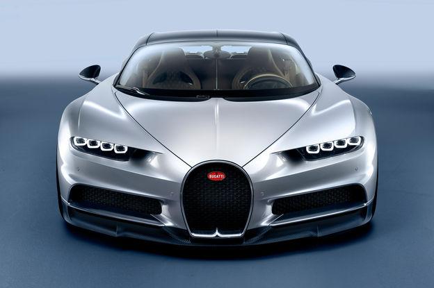 6.-2017-Bugatti-Chiron-front-end