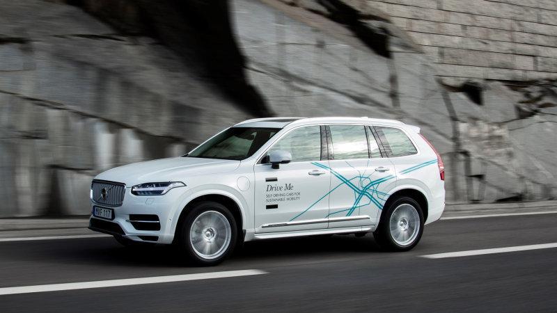 Autónomos de Volvo a la venta para 2021