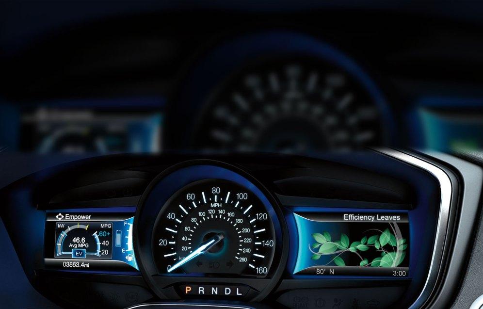 Ford-Fusion-Hybrid-2017-9