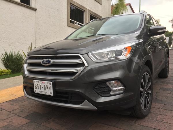 Ford Escape 2017048