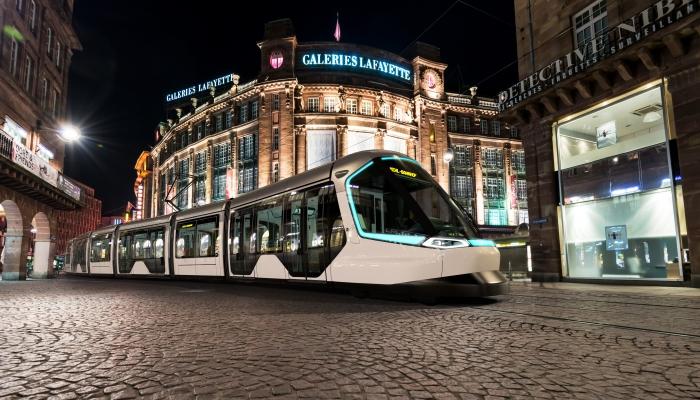 Peugeot, no sólo autos, también trenes