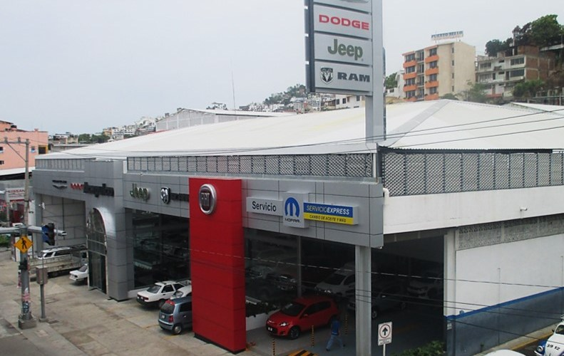 FCA México inaugura nuevo concepto de mall automotriz en Acapulco