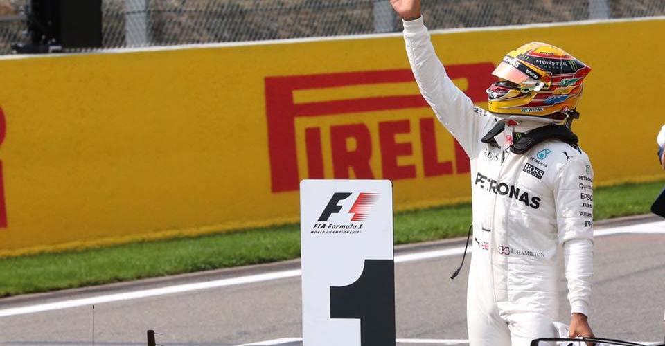 Lewis Hamilton hace historia e iguala el récord de Schumacher