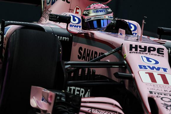 Con un quinto puesto, Checo Pérez celebra su renovación con Force India para 2018
