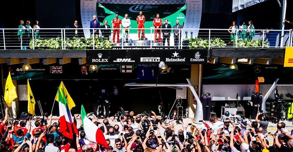 Vettel gana en Brasil y Hamilton logra una gran remontada