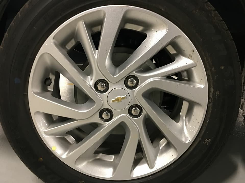 Chevrolet-Aveo-2018-9