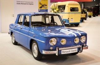 """Renault celebra 120 años de """"Easy Life"""" con el Retromobile Show 2018"""