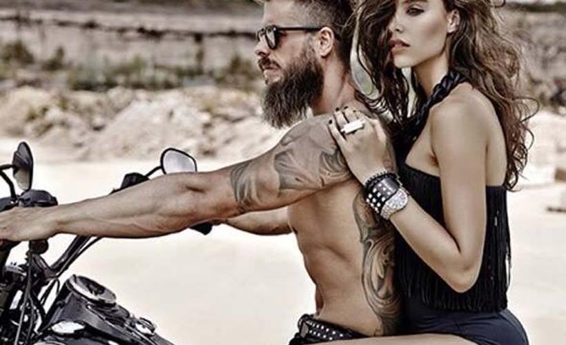 A las mujeres les atraen los hombres que andan en motocicleta